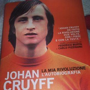 johan-cruyff-giovane-copertina